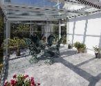 Zvažujete zasklenie terasy? Má to svoje výhody i nevýhody!