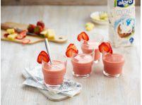 Ľadové jahodovo-kokosové smoothie