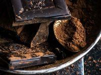 Sušené marhule v horkej čokoláde