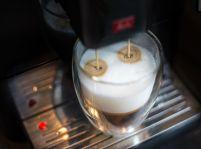 Nie je káva ako káva: Doprajte si kvalitnú šálku behom chvíľky!