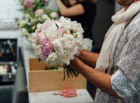 Zorientujte sa vo svete farieb a vôní: Donáška kvetov poteší aj náročnú partnerku
