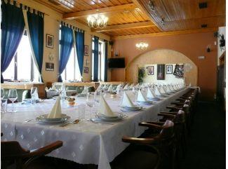 Reštaurácia Harmónia Holíč