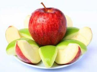 Jablkovo- piškótový dezert