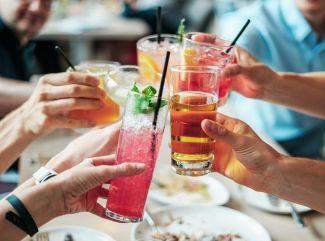 Oživte si grilovačku miešanými nápojmi!