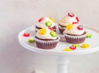 Kvetinové čokoládové cupcakes