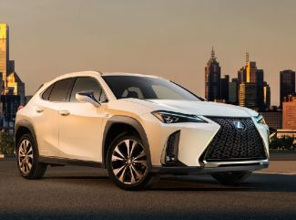 Lexus:  3 x luxus & hybrid
