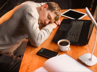 Zabojujte s nespavosťou. Nepodceňujte kvalitnú posteľ ani matrac