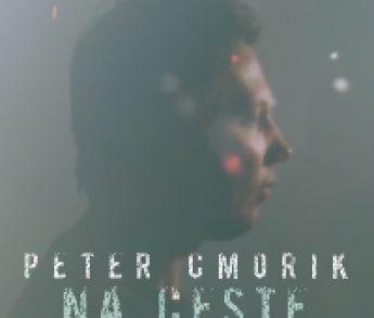 """Peter Cmorik predstavuje novú letnú pesničku """"Na ceste"""""""