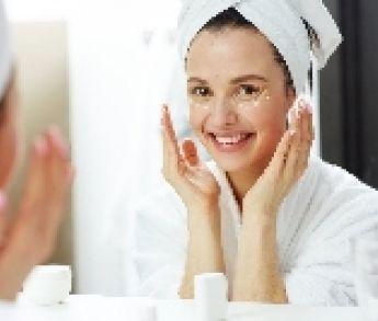 Akné – príčiny a účinná liečba