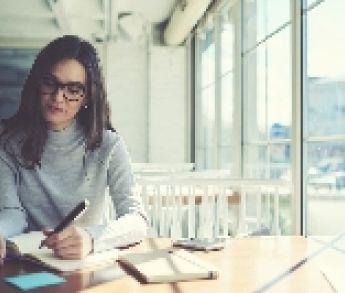 Pravidelné písanie prác na vysokých školách