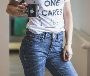 Cesta k originálnemu firemnému tričku s potlačou