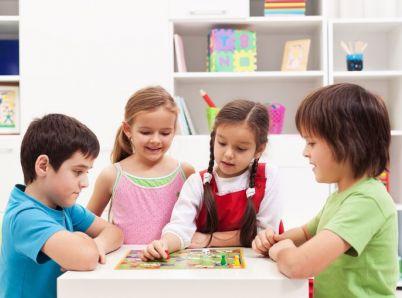 Vďaka týmto trom krokom karanténu so školákmi hravo zvládnete!