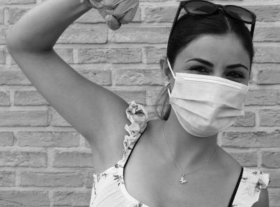 Ako sa nebáť a prežiť pandémiu koronavírusu čo najužitočnejšie?