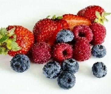 Nadopujte sa vitamínmi z červeného ovocia