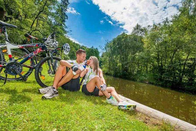 Kam sa oplatí ísť v Dolnom Rakúsku na bicykli? Vyberte si tematický okruh a objavujte svet na kolesách