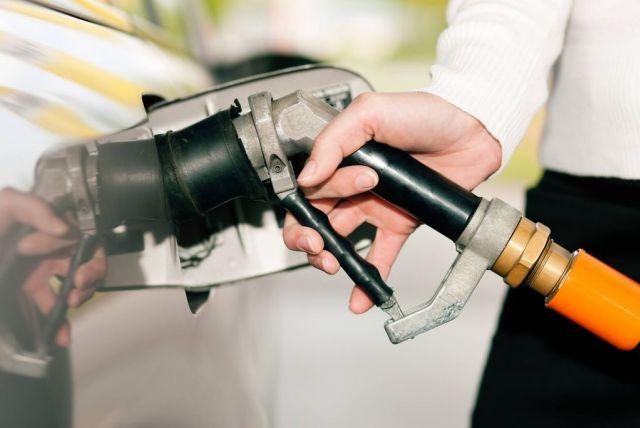 """Automechanici vyvracajú """"zimné mýty"""" vodičov"""