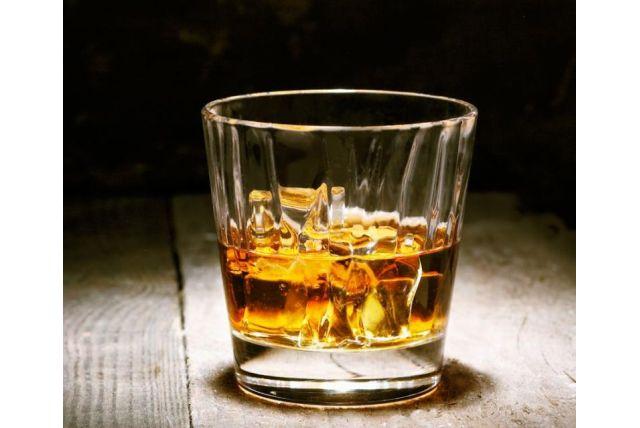 Leto awhisky sú toto leto horúca kombinácia! Ako si ju vychutnať?