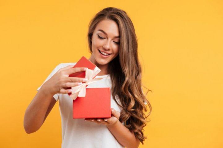 Tipy na darček pre kamarátku na narodeniny