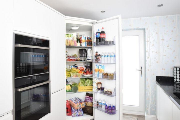 10 potravín, ktoré dávame do chladničky a nepatria tam
