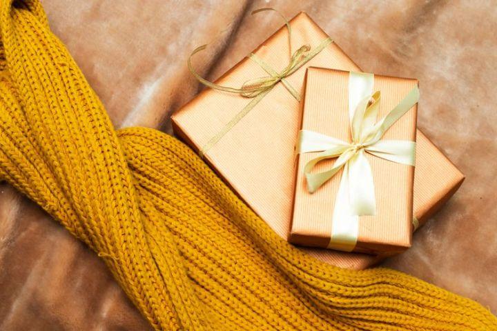 Lámete si hlavu nad vianočnými darčekmi?
