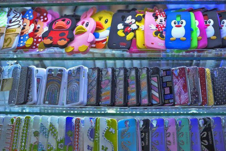 Netradičné kryty na iPhone: Aké zaujímavé kúsky si môžete kúpiť?