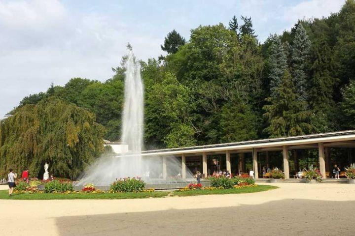 Kúpeľnú sezónu v Luhačoviciach otvoria 6. mája, ťahákom je Lucie Bílá