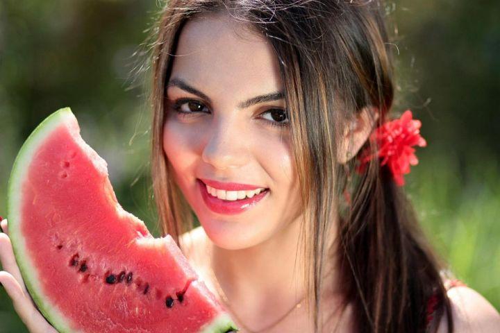 Červený melón uľaví od opuchnutých nôh a zmierni bolesť svalov