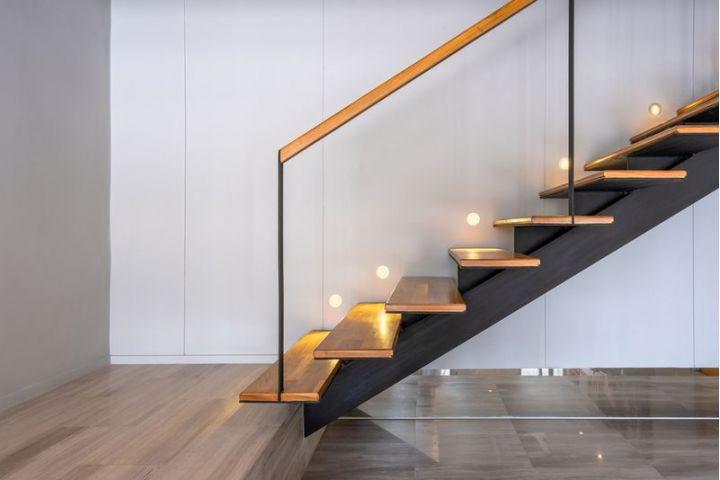 Vyberte si typ schodov, ktorý bude pasovať do vášho domova