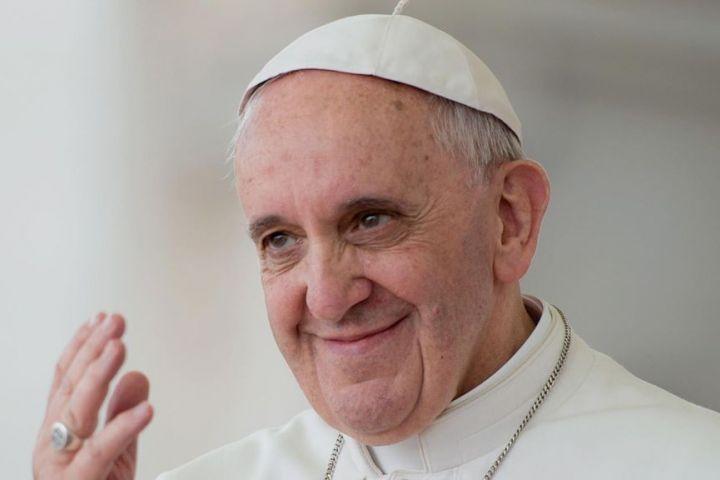 Skromný papež František