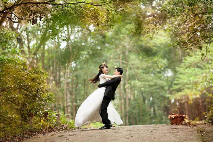 Prinášame Vám tipy na originálne svadobné dary, ktorými novomanželov skutočne očaríte!