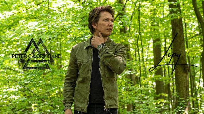 Peter Cmorik uniká pred svetovou situáciou do prírody!