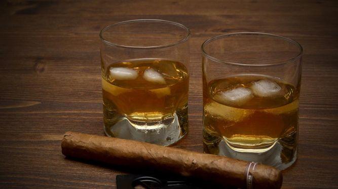 Prémiové rumy lákajú jedinečnosťou, umením a vysokou kvalitou. Odkiaľ pochádzajú?