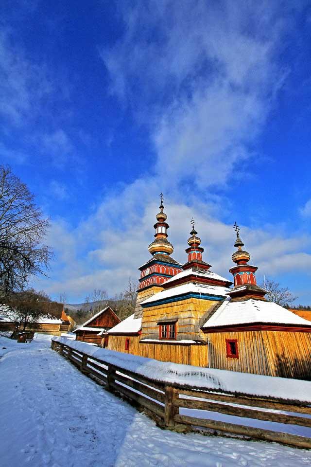 Bardejovské Kúpele, Bardejov a Svidník v zime ponúkajú wellness, históriu a bežky