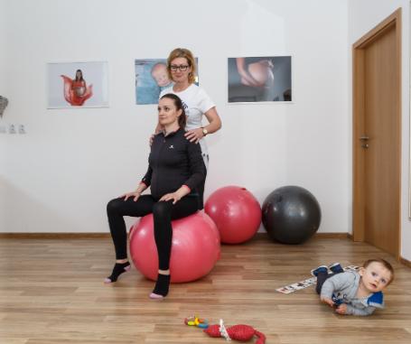 Týchto pár cvikov zvládnete z pohodlia domova v ktoromkoľvek štádiu tehotenstva